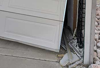 Garage Door Off Track | Darien IL